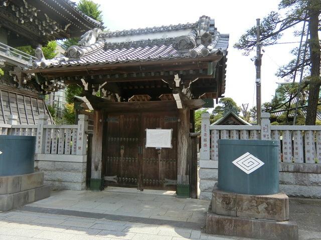 5月2日(土)帝釈天も門が閉まっていました_d0278912_21393512.jpg