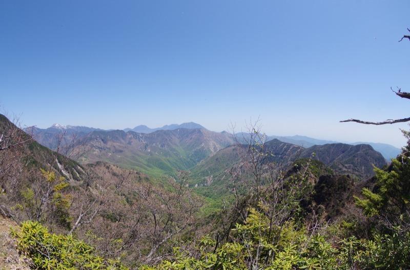 皇海山と鋸山_a0165316_21113471.jpg