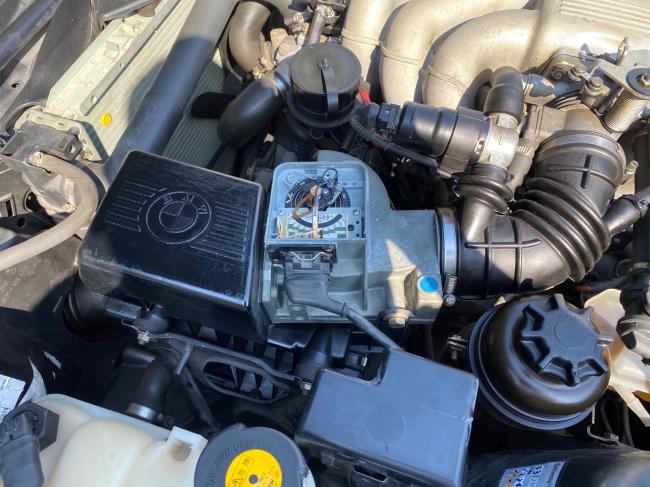 BMW E30エンジンルーム掃除2回目_f0115152_20452063.jpg