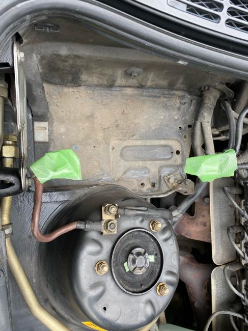 BMW E30エンジンルーム掃除2回目_f0115152_20472647.jpg