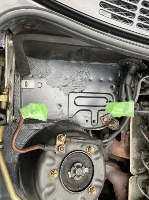 BMW E30エンジンルーム掃除2回目_f0115152_20530243.jpg