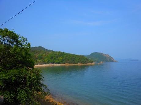 川尻からしか行けない安浦の海岸_e0175370_20443530.jpg