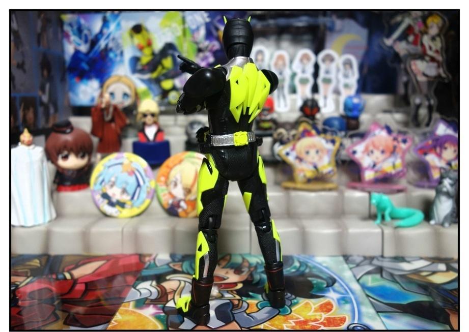 S.H.Figuarts 仮面ライダーゼロワン ライジングホッパーで遊びまくり!!_f0205396_17515148.jpg
