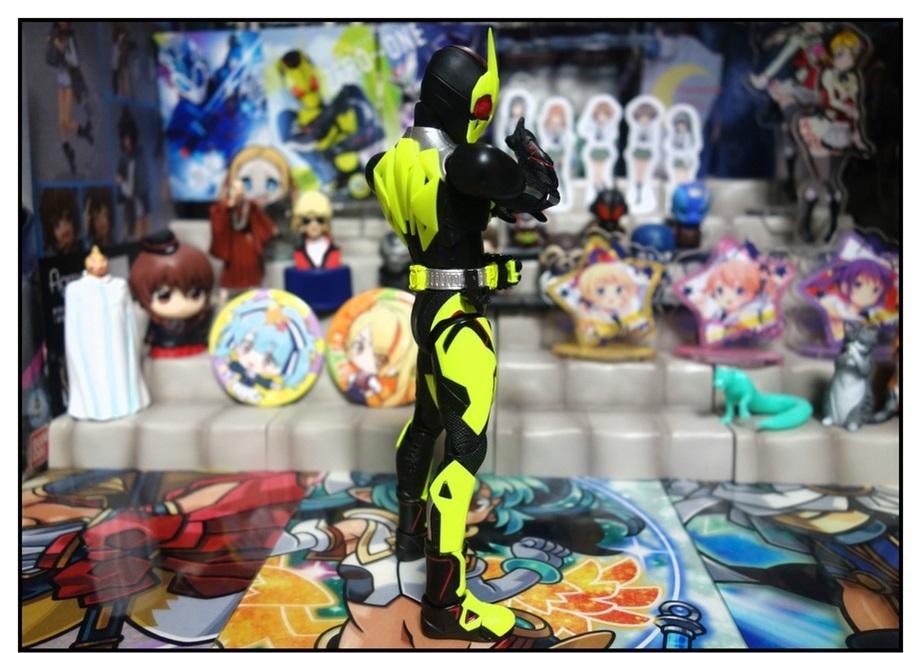 S.H.Figuarts 仮面ライダーゼロワン ライジングホッパーで遊びまくり!!_f0205396_17515151.jpg