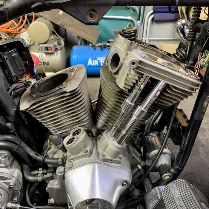 昭和63年製 ヘリテイジソフテイル エンジンオイル漏れ_c0226202_20552511.jpeg