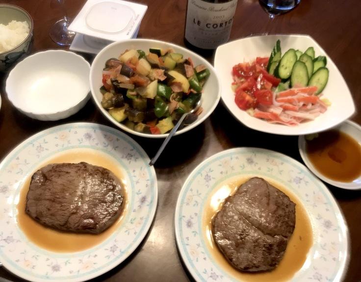 連休最終日☆早めランチはニクと野菜とワインの残り♪_c0212604_11355131.jpg