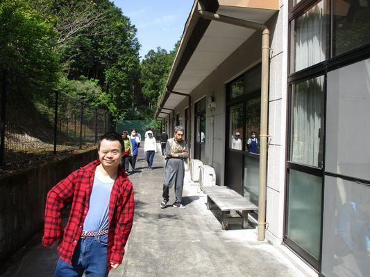 5/5 散歩_a0154110_11271512.jpg