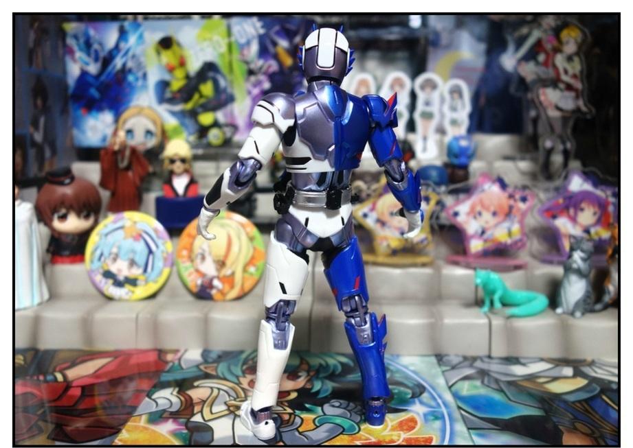 S.H.Figuarts 仮面ライダーバルカン シューティングウルフで遊びまくり!!_f0205396_00050128.jpg