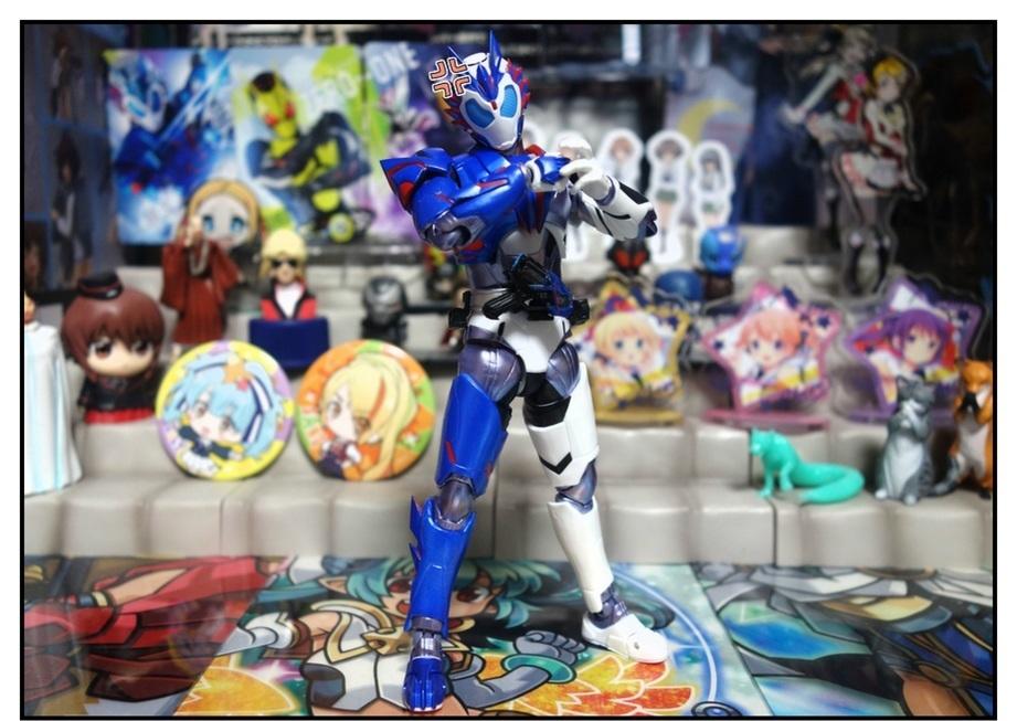 S.H.Figuarts 仮面ライダーバルカン シューティングウルフで遊びまくり!!_f0205396_00055712.jpg