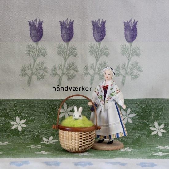 海外のお土産人形とミニラウンド色々_f0197215_11305906.jpeg