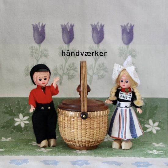 海外のお土産人形とミニラウンド色々_f0197215_11310129.jpeg