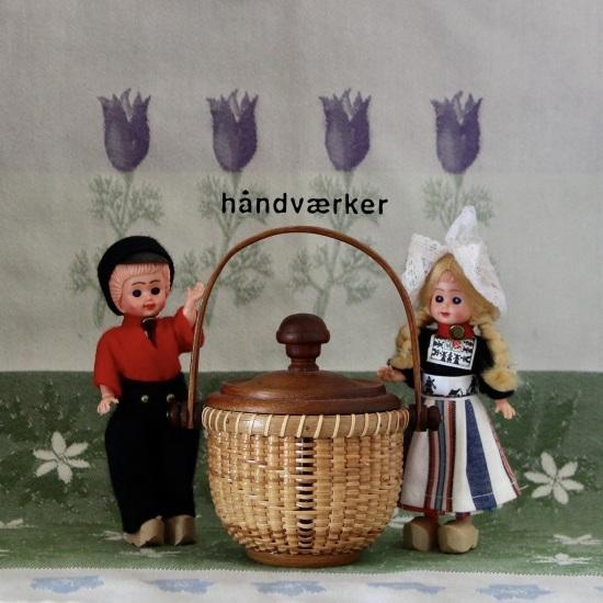 海外のお土産人形とミニラウンド色々_f0197215_11310160.jpeg