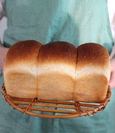 「食パン焼きました!」ショット_f0224568_20020057.jpg