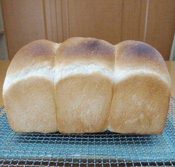 「食パン焼きました!」ショット_f0224568_20334786.jpg