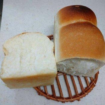 「食パン焼きました!」ショット_f0224568_20350255.jpg