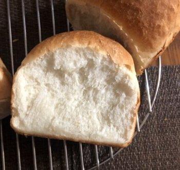 「食パン焼きました!」ショット_f0224568_20365116.jpg