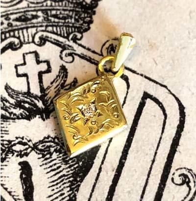 金の菱形ペンダントヘッド_f0155891_19024250.jpg