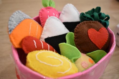 【鶴見園】手作りおもちゃ_a0267292_13564463.jpg