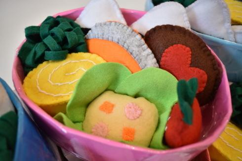 【鶴見園】手作りおもちゃ_a0267292_13565105.jpg
