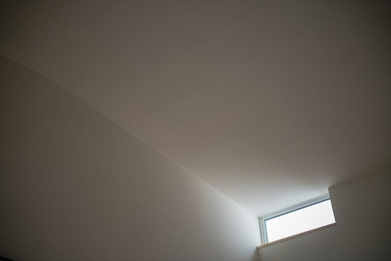 光の入り方と居心地の良い空間_b0349892_09204897.jpg