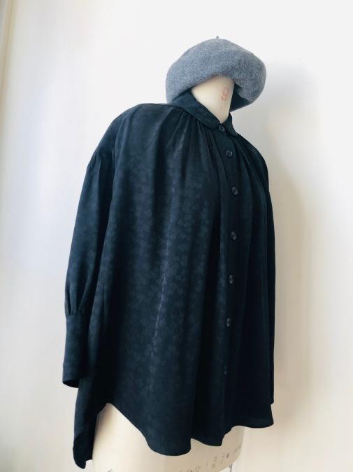 着物着物リメイク/羽織からギャザーいっぱいブラウス_d0127925_19083266.jpg