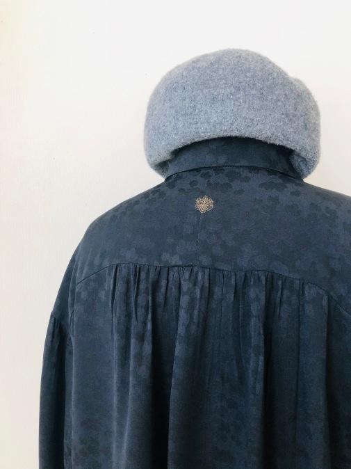 着物着物リメイク/羽織からギャザーいっぱいブラウス_d0127925_19083777.jpg