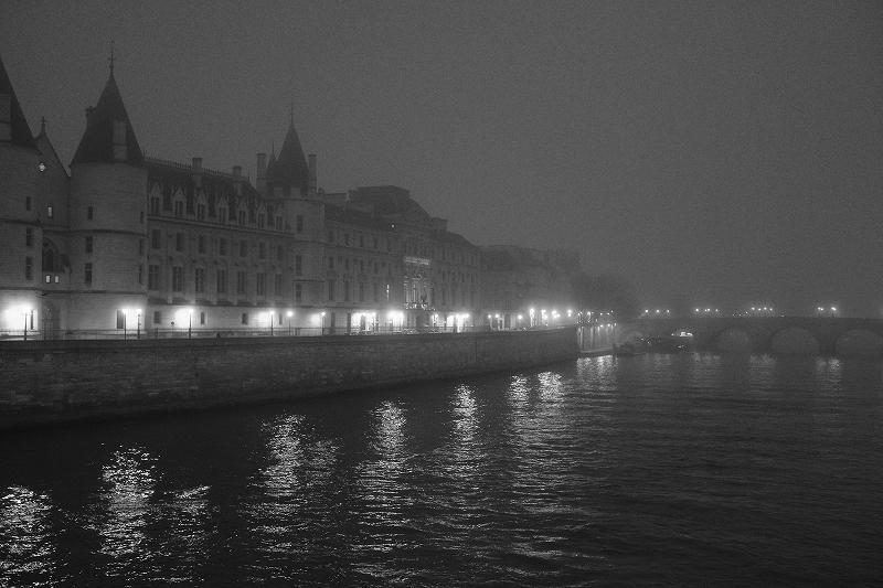 2020年1月25日 セーヌ河 霧の朝_f0050534_09304865.jpg