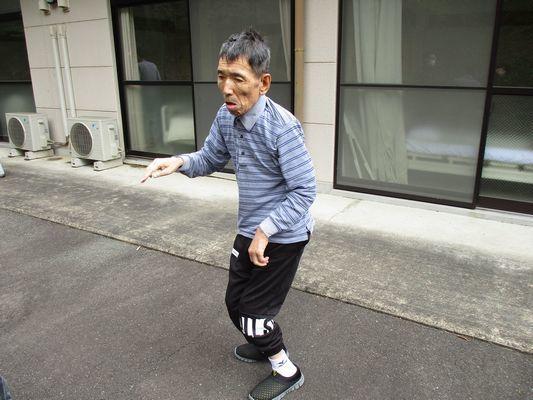 5/8 散歩_a0154110_09112693.jpg