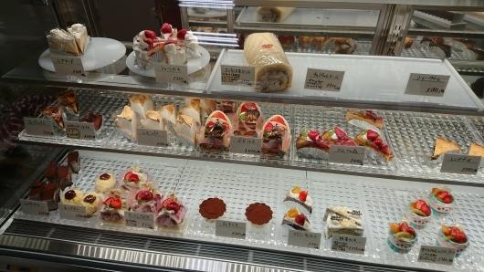 コンファンス洋菓子店_d0030026_14441108.jpg