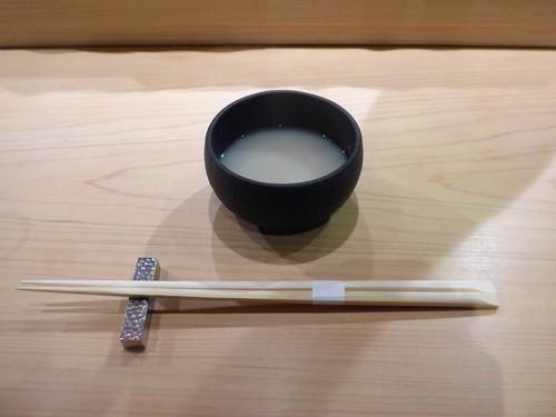 渋谷「熟成鮨 万」へ行く。_f0232060_19191362.jpg