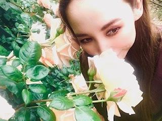 靭公園の空気。薔薇とクレープと友情と。_a0050302_16483593.jpg
