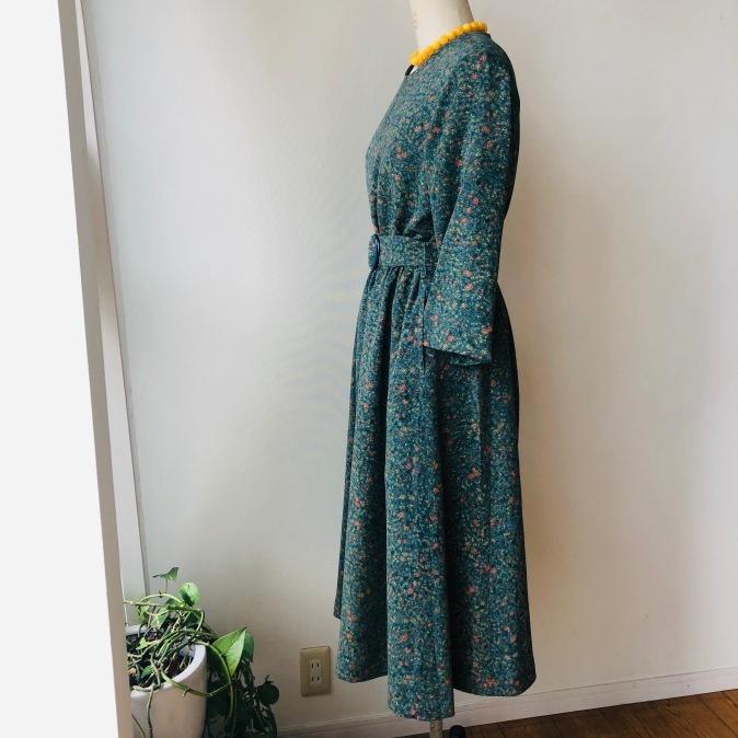着物着物リメイク/小紋のお着物からレトロワンピ_d0127925_11210448.jpg