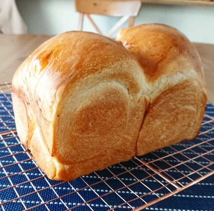 パンも焼きます🎵_a0113430_08191483.jpg