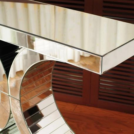 インテリアに素敵なミラー家具ご紹介~❤_f0029571_11213915.jpg