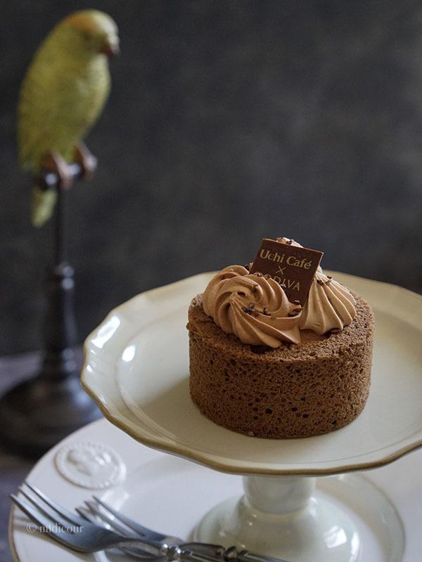 ローソンで買えるGODIVAの絶品チョコレートケーキ♪_e0136511_18292310.jpg