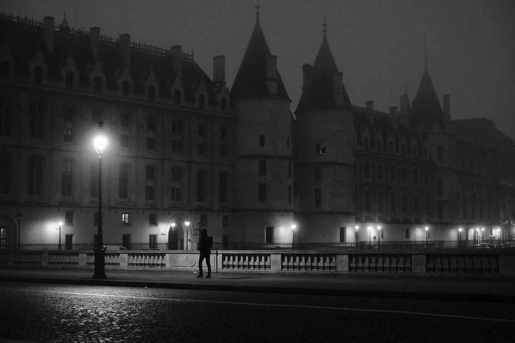 2020年1月25日パリ 夜明け_f0050534_17353408.jpg