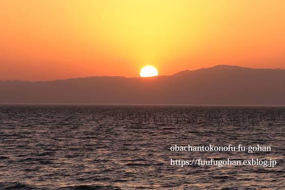 昨日の夕陽_c0326245_09144332.jpg