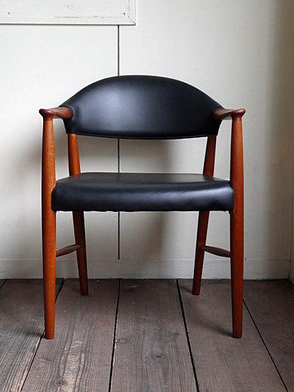Kurt Olsen Arm chair_c0139773_00555489.jpg