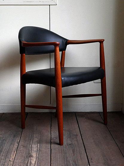 Kurt Olsen Arm chair_c0139773_00560245.jpg