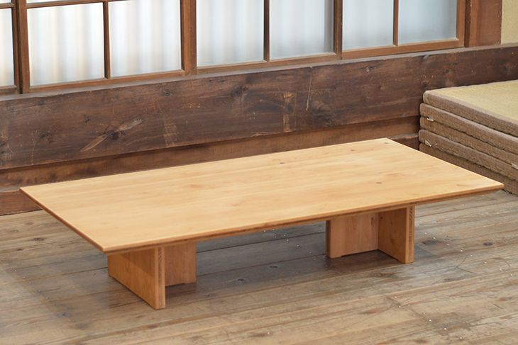 檜のテーブルをメンテナンス!_b0186205_15350657.jpg