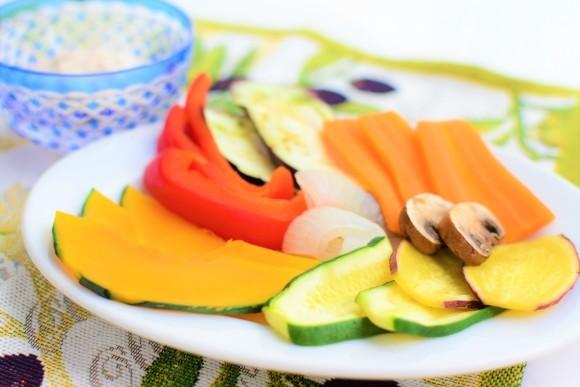 ツナと豆腐のディップと蒸し野菜_f0318142_18393413.jpg