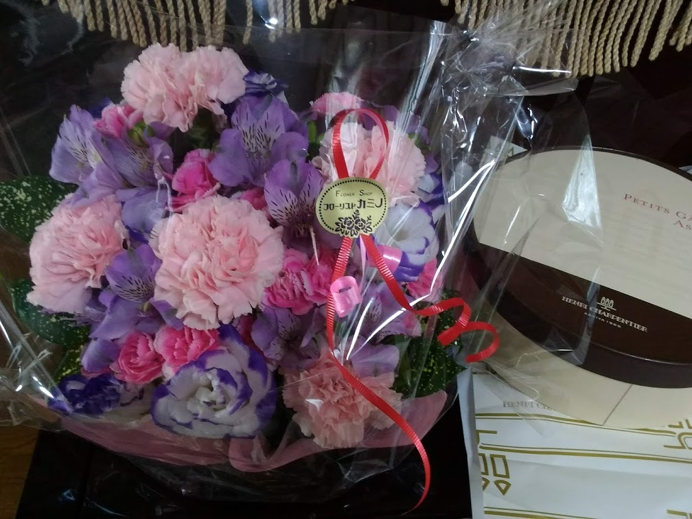 母の日のプレゼント_c0006564_06081905.jpg