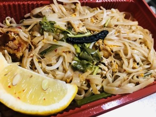 SomChai Thai Noodle is back!_c0153966_21380849.jpeg