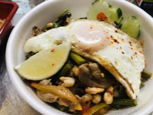 SomChai Thai Noodle is back!_c0153966_21382942.jpeg