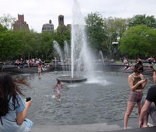 初夏のニューヨーク風景、過去ログでバーチャルお散歩_b0007805_22380544.jpg