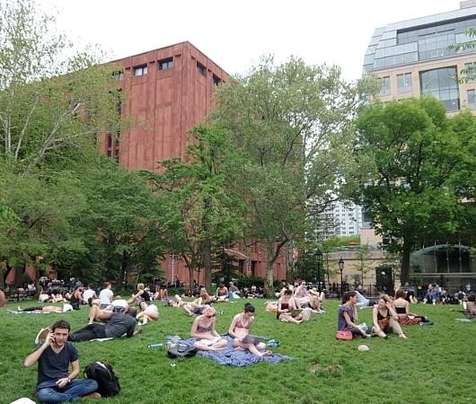 初夏のニューヨーク風景、過去ログでバーチャルお散歩_b0007805_22411060.jpg