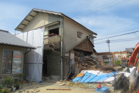 「駒場の家」解体工事_b0179213_20394489.jpg
