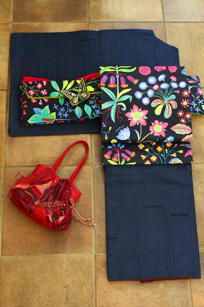 祖母の大島と私が仕立てた帯とオフフープ®立体刺繍の帯留め_e0333647_15333501.jpg