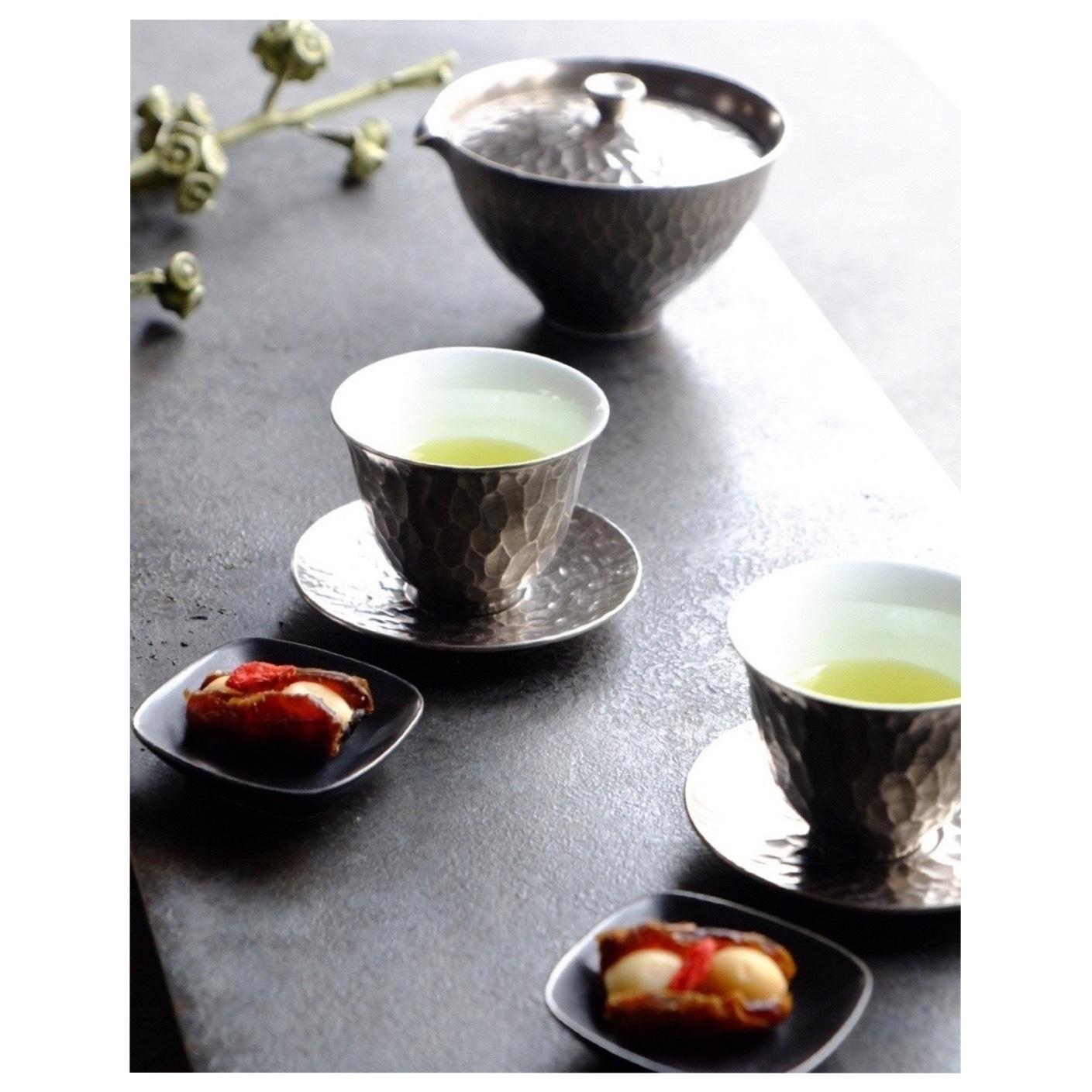 李荘窯の茶器_a0335867_19241437.jpeg