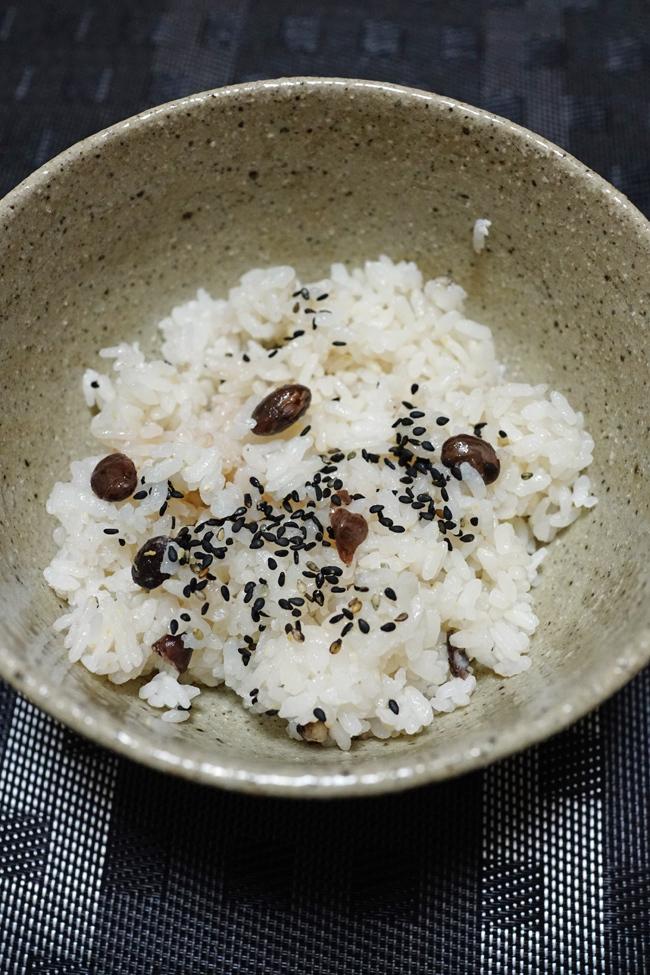 ウチで食べよう 那覇のお弁当 48PANの野菜もりもり弁当と九州味処すかぶら塩さば弁当_b0049152_18243170.jpg